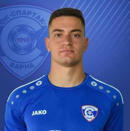 Никола Борисов